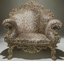 Un des fauteuils Proust